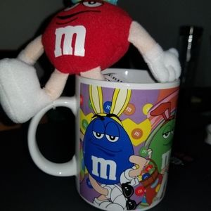 M&M EASTER COFFEE CUP